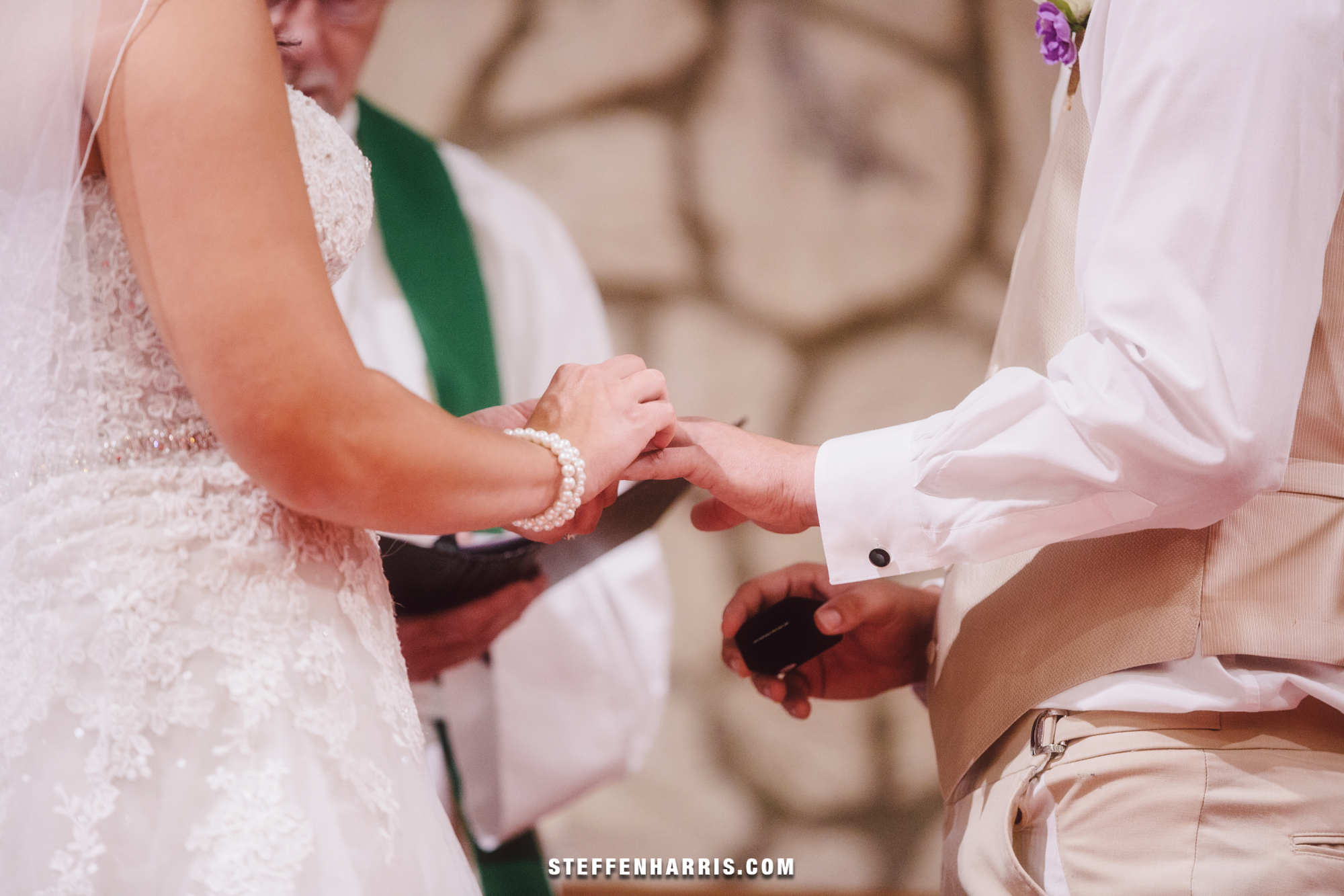 casey-aaron-salem-il-wedding-photography-25